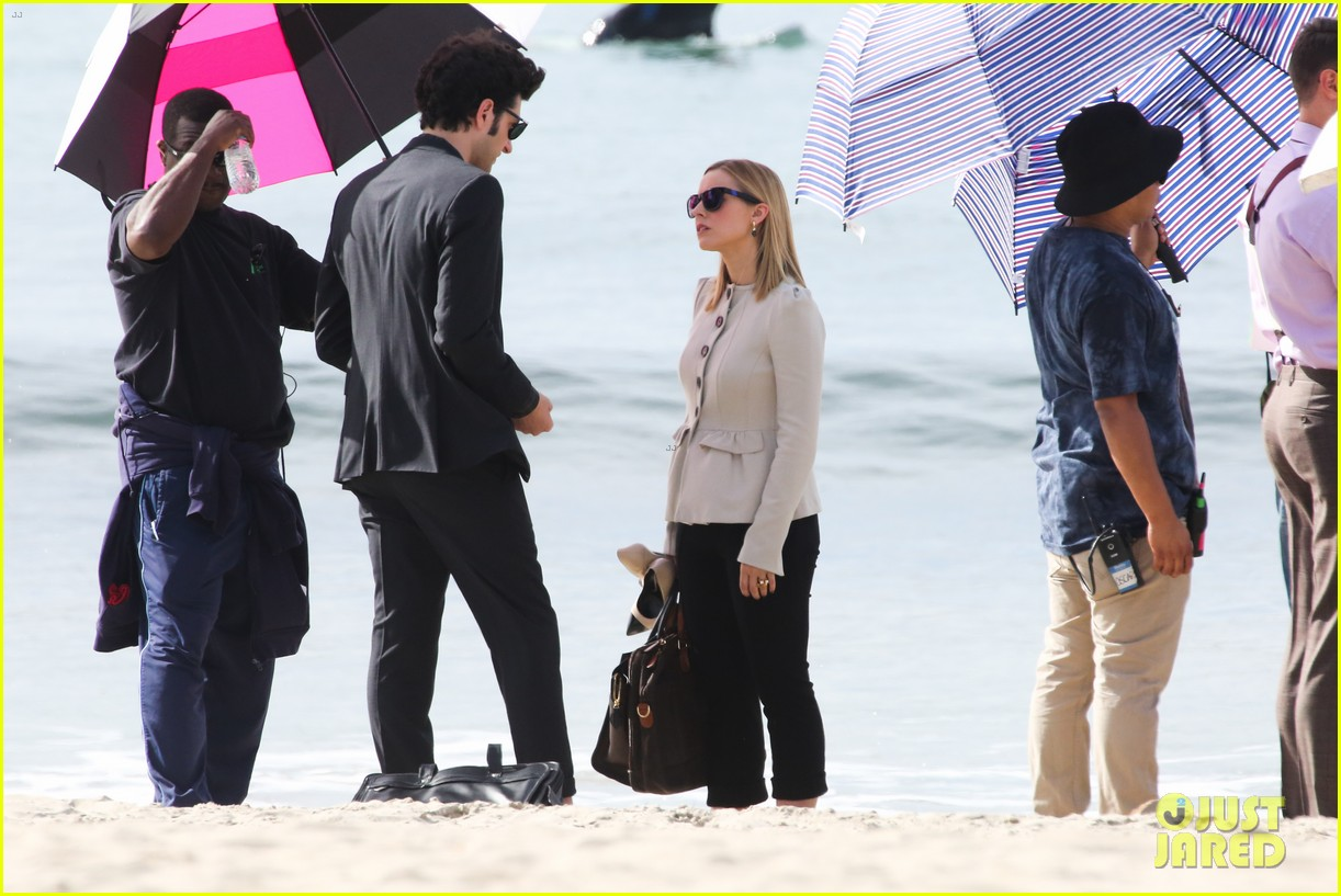 kristen bell house of cards beach filming 26