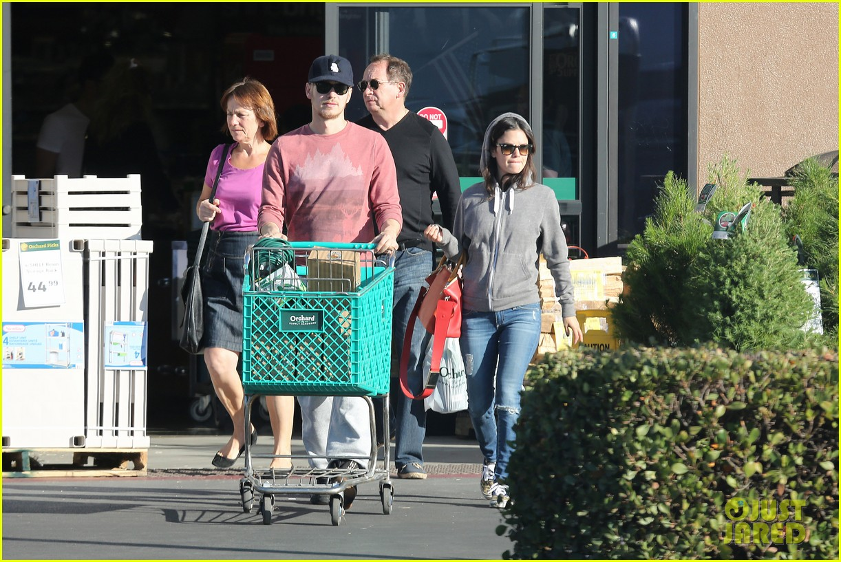 rachel bilson hayden christensen shop for home goods 082989977