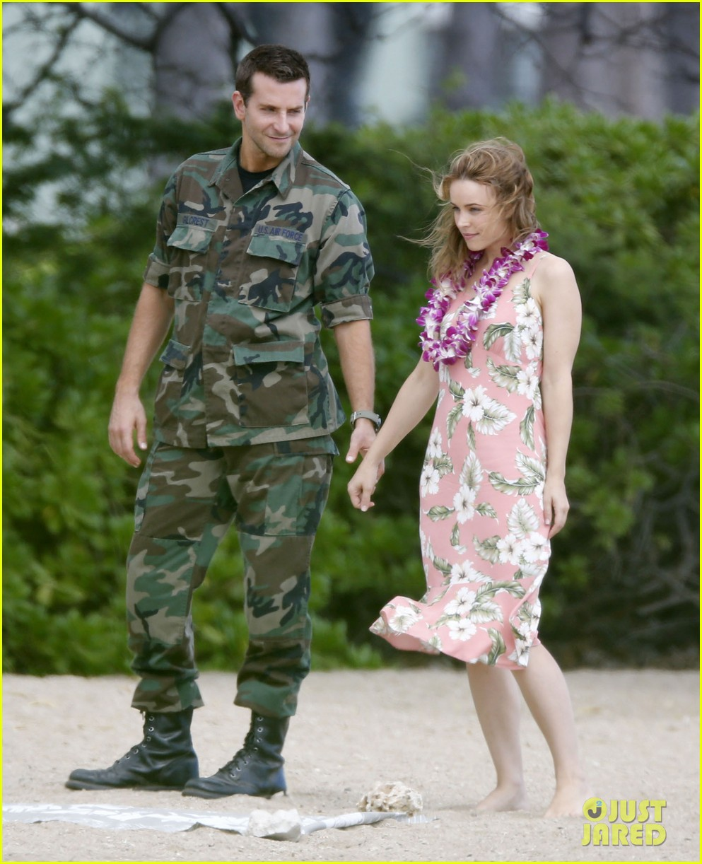 bradley cooper films with rachel mcadams suki waterhouse flies out 03