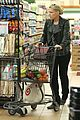 busy philipps stocks up on groceries before thanksgiving 09