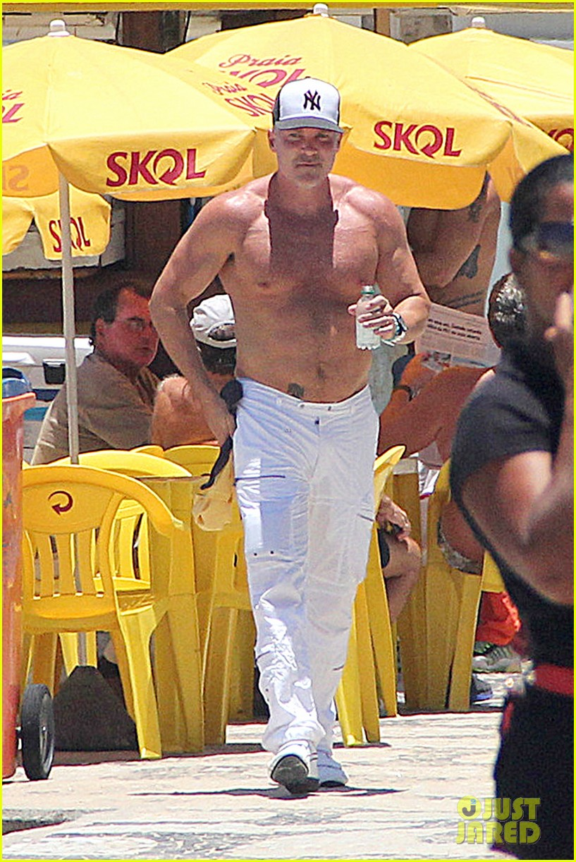 gma sam champion continues shirtless honeymoon 102997441