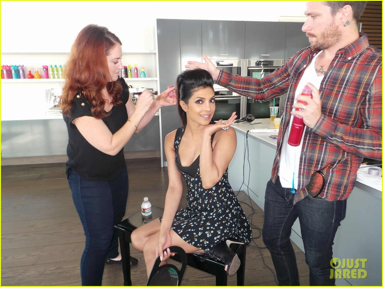 priyanka chopra just jared spotlight of the week behind the scenes pics 02