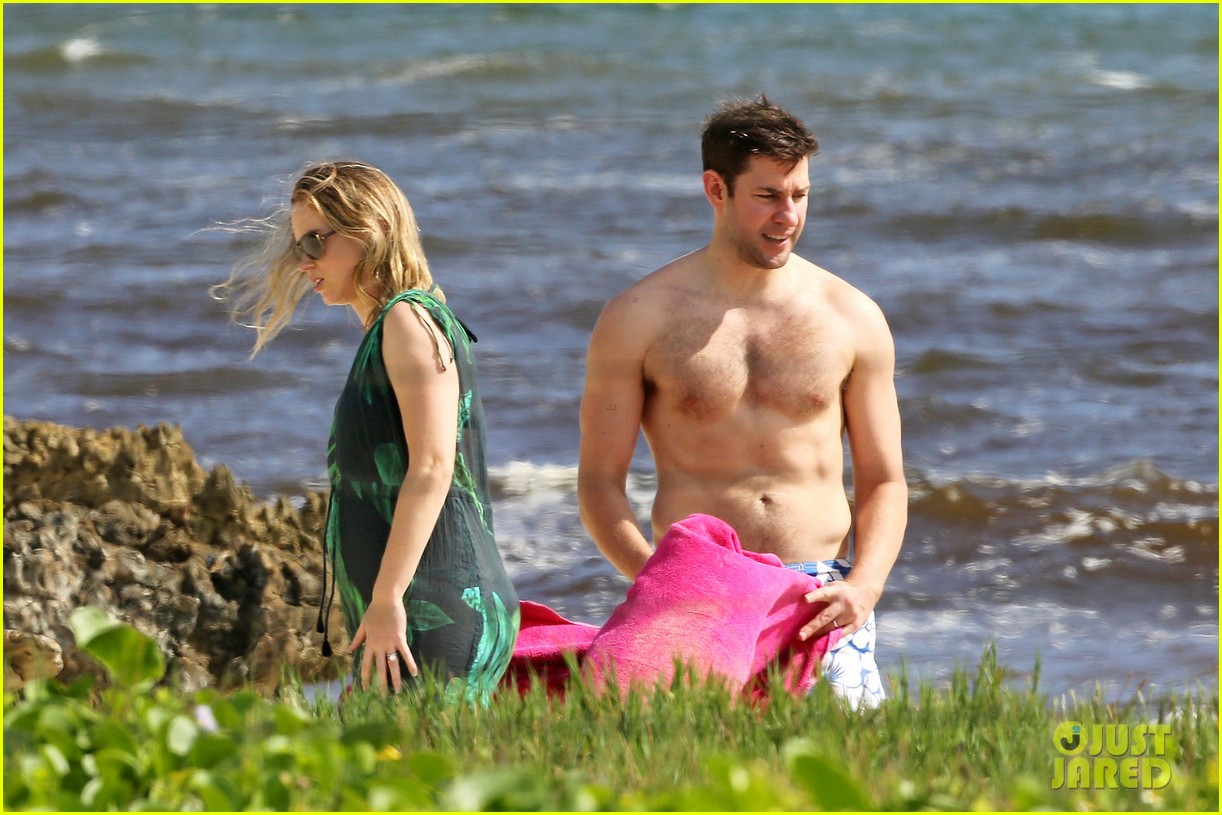 bradley cooper shirtless with john krasinski pregnant bikini clad emily blunt 10