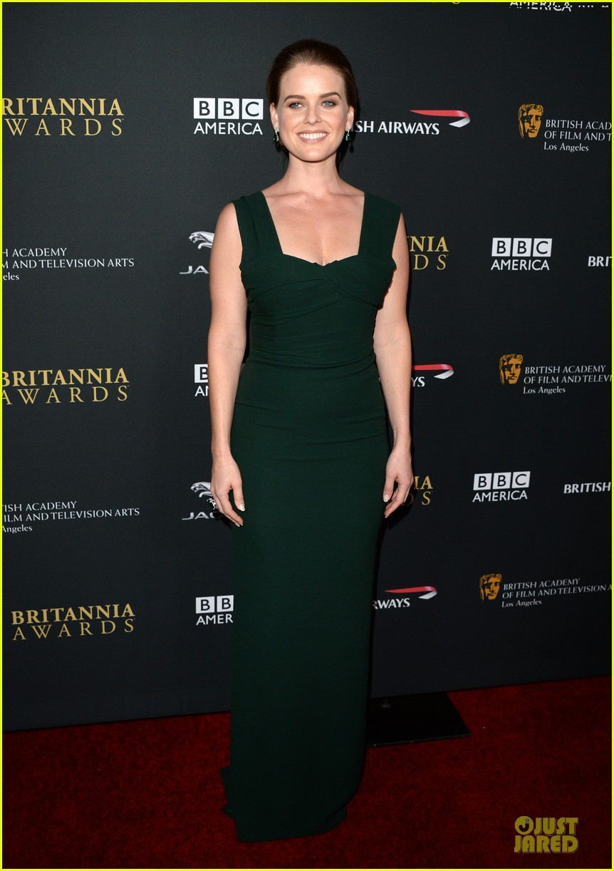 benedict cumberbatch alice eve bafta britanna awards 2013 red carpet 09