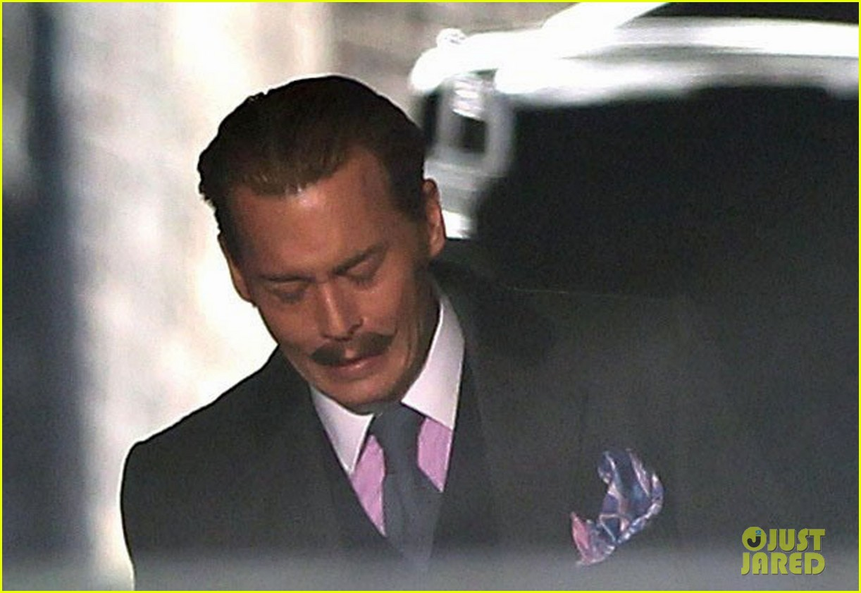 johnny depp mortdecai does great business at afm 08