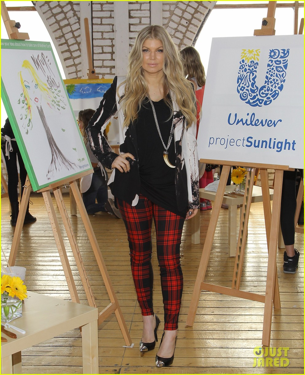 fergie launches global program for universal childrens day 20
