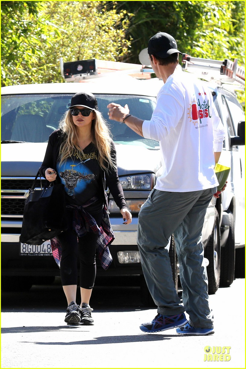 fergie josh duhamel workout pair after halloween 10