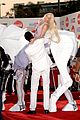 lady gaga rides horse on amas 2013 red carpet 08