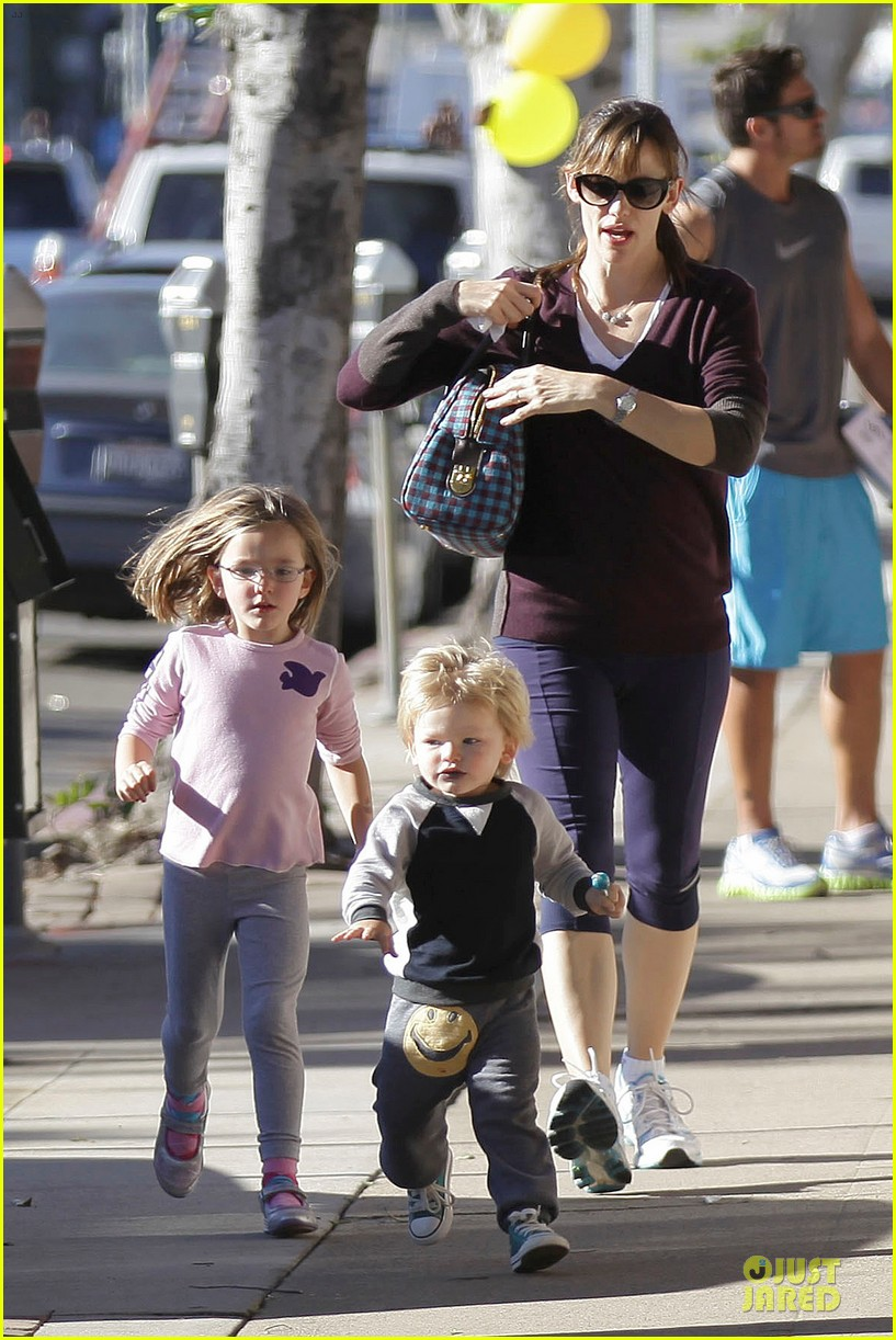 jennifer garner errands with kids after halloween 062984612