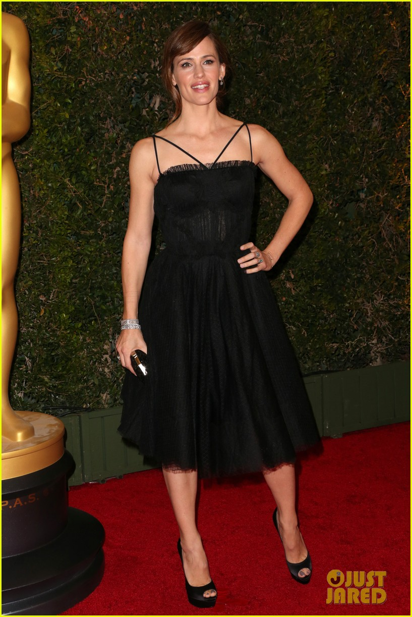 jennifer garner governors awards 2013 red carpet 03