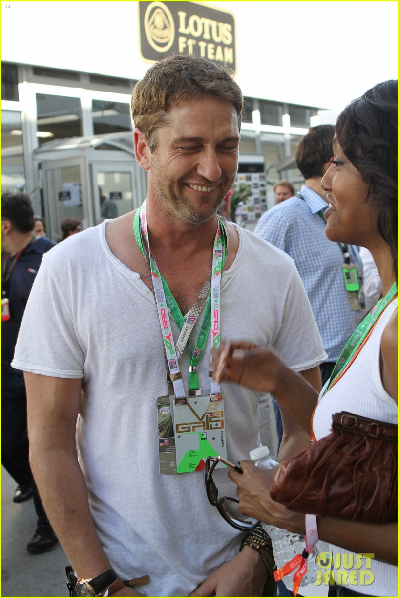 gerard butler fan friendly f1 championships 032994906