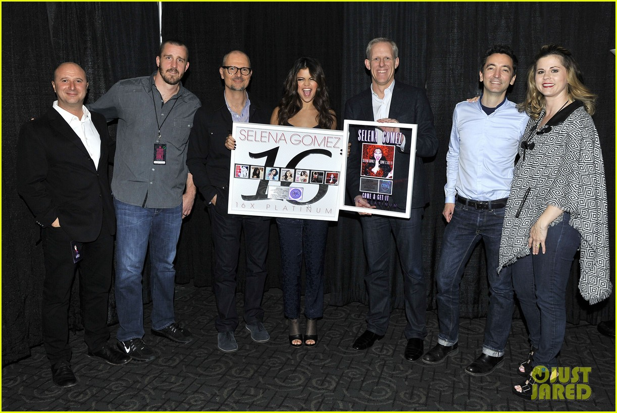 selena gomez platinum plaque before los angeles concert 172987500