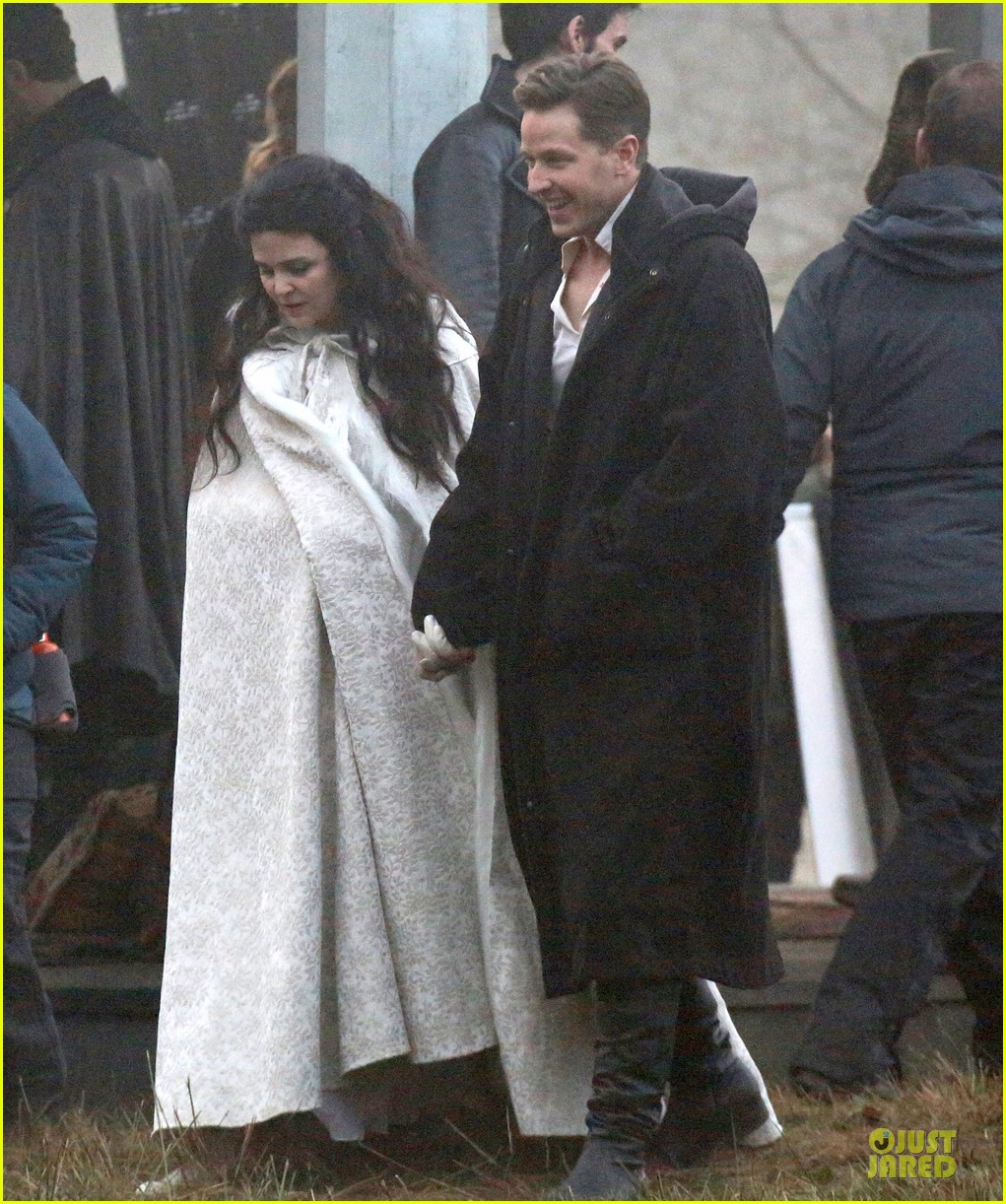 ginnifer goodwin covers baby bump on once set 01