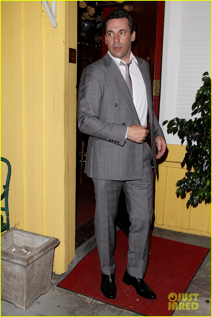jon hamm dines with sean penn his kids dylan hopper 122993038