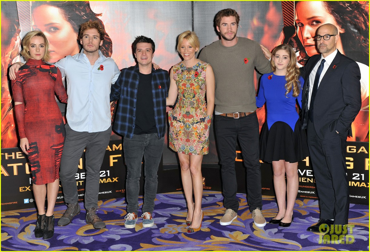 liam hemsworth josh hutcherson catching fire london photo call 112990217