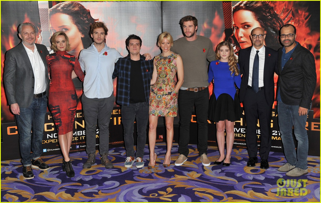liam hemsworth josh hutcherson catching fire london photo call 122990218