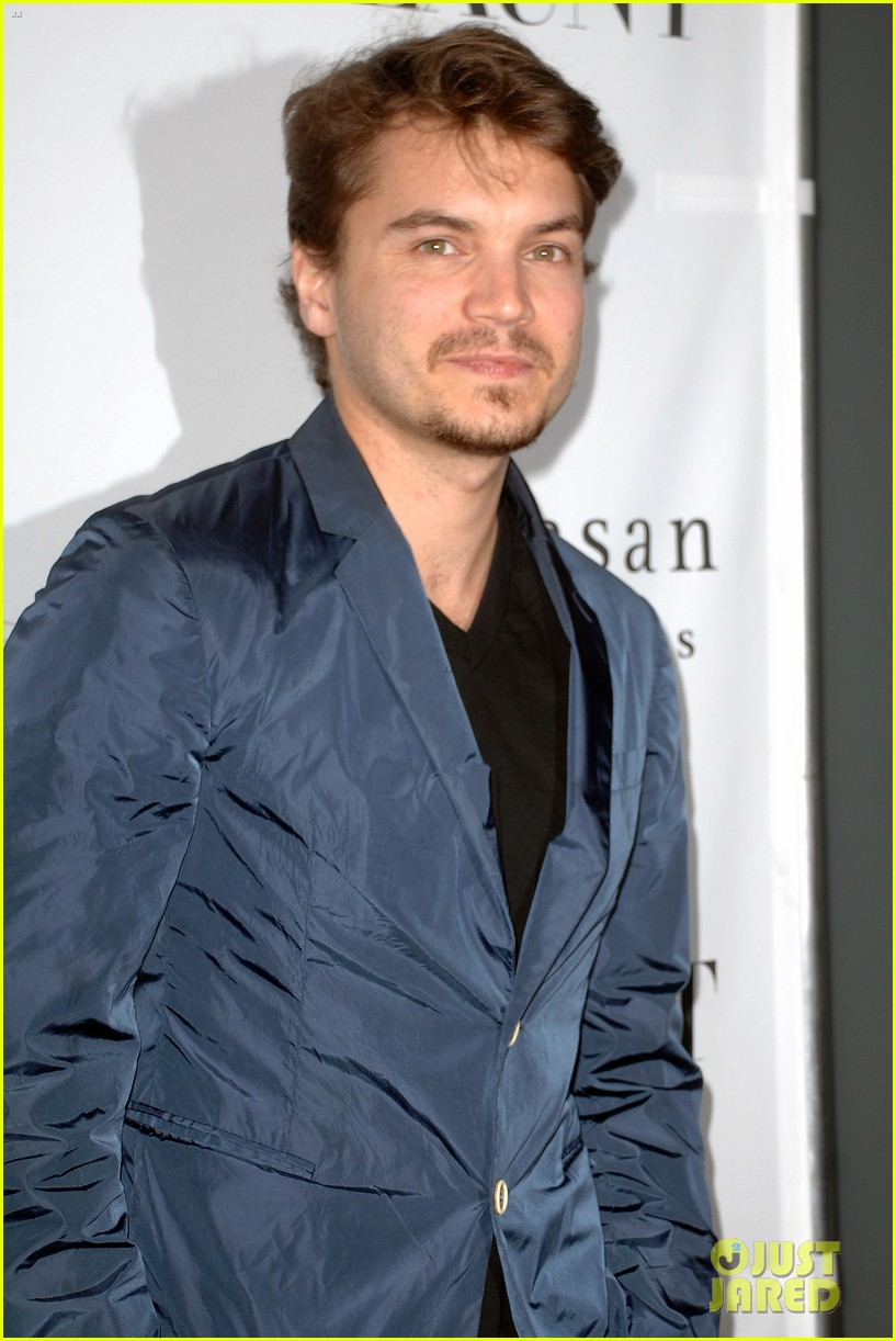 emile hirsch lydie hearst flaunt magazine launch party 16