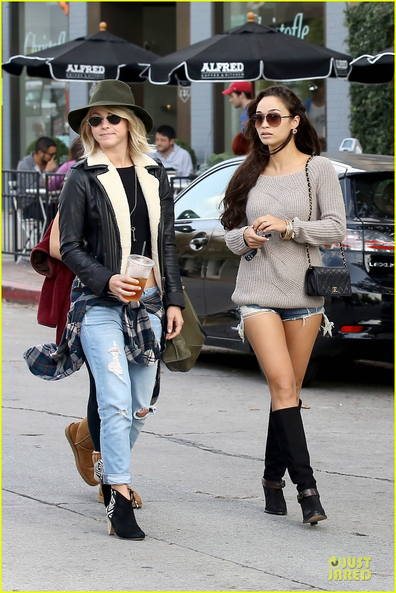 julianne hough flat tummy after cara santana lunch 10
