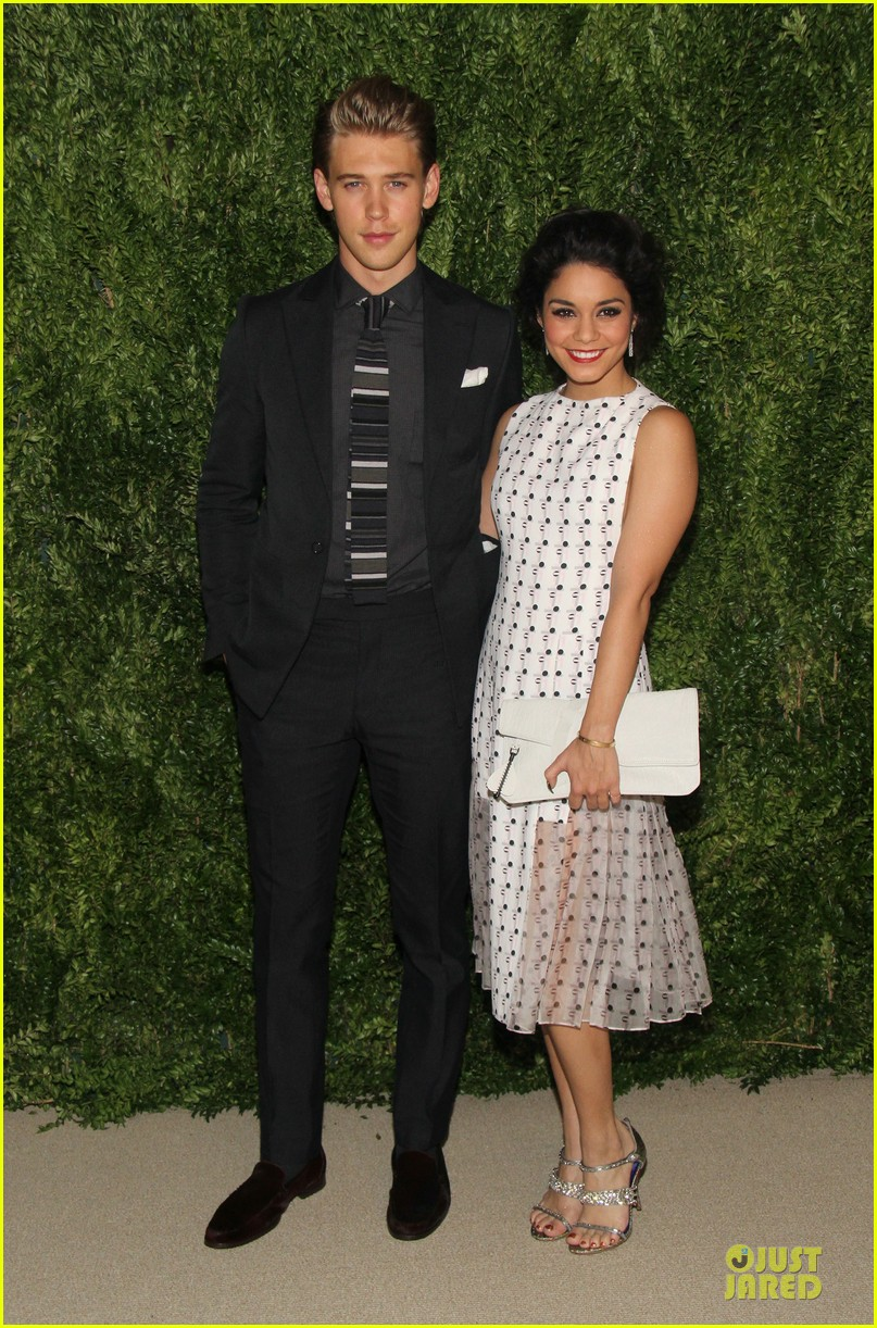 vanessa hudgens austin butler cfda fashion fund finalists celebration 01