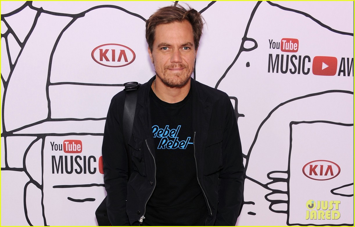 vanessa hudgens michael shannon youtube music awards performance 04