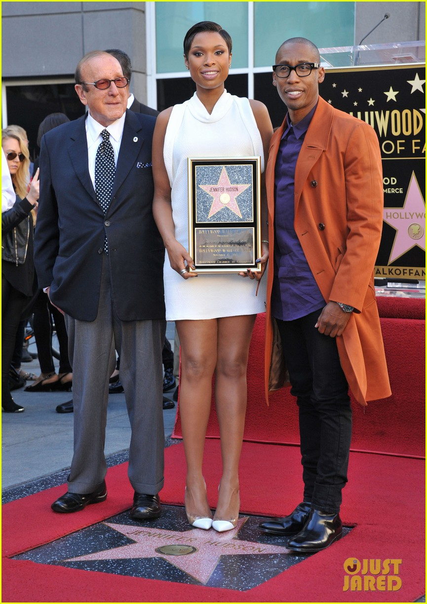 jennifer hudson receives star on hollywood walk of fame 08