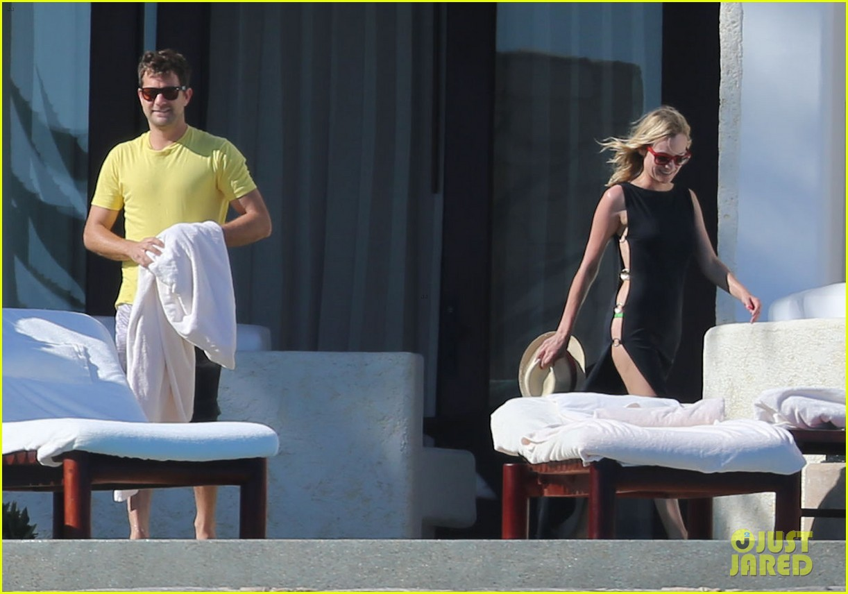 joshua jackson goes shirtless diane kruger wears bikini for cabo getaway 22