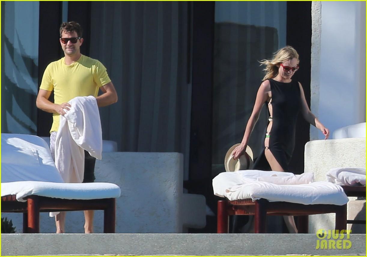 joshua jackson goes shirtless diane kruger wears bikini for cabo getaway 223000941