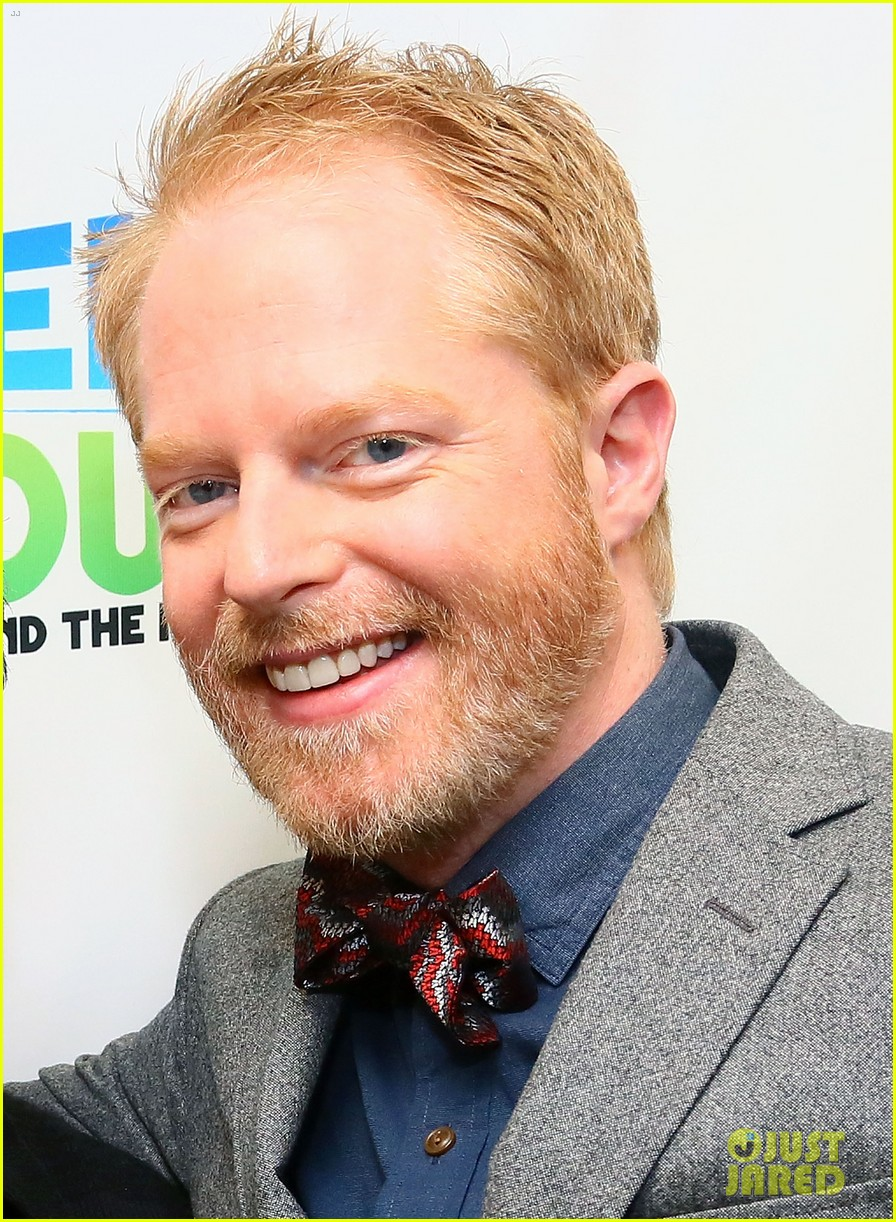 jesse tyler ferguson weighs in on alec baldwin controversy 042997611