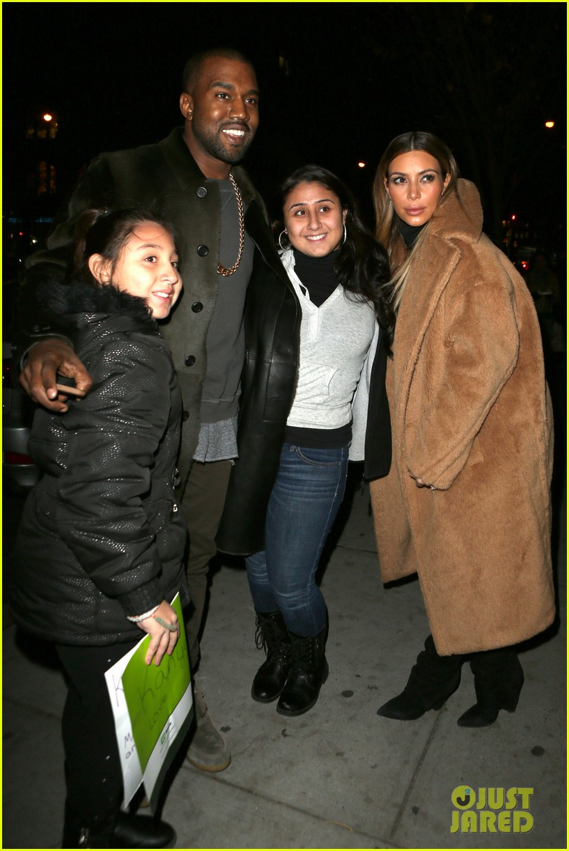 kim kardashian kanye west smile big for lucky fans 01