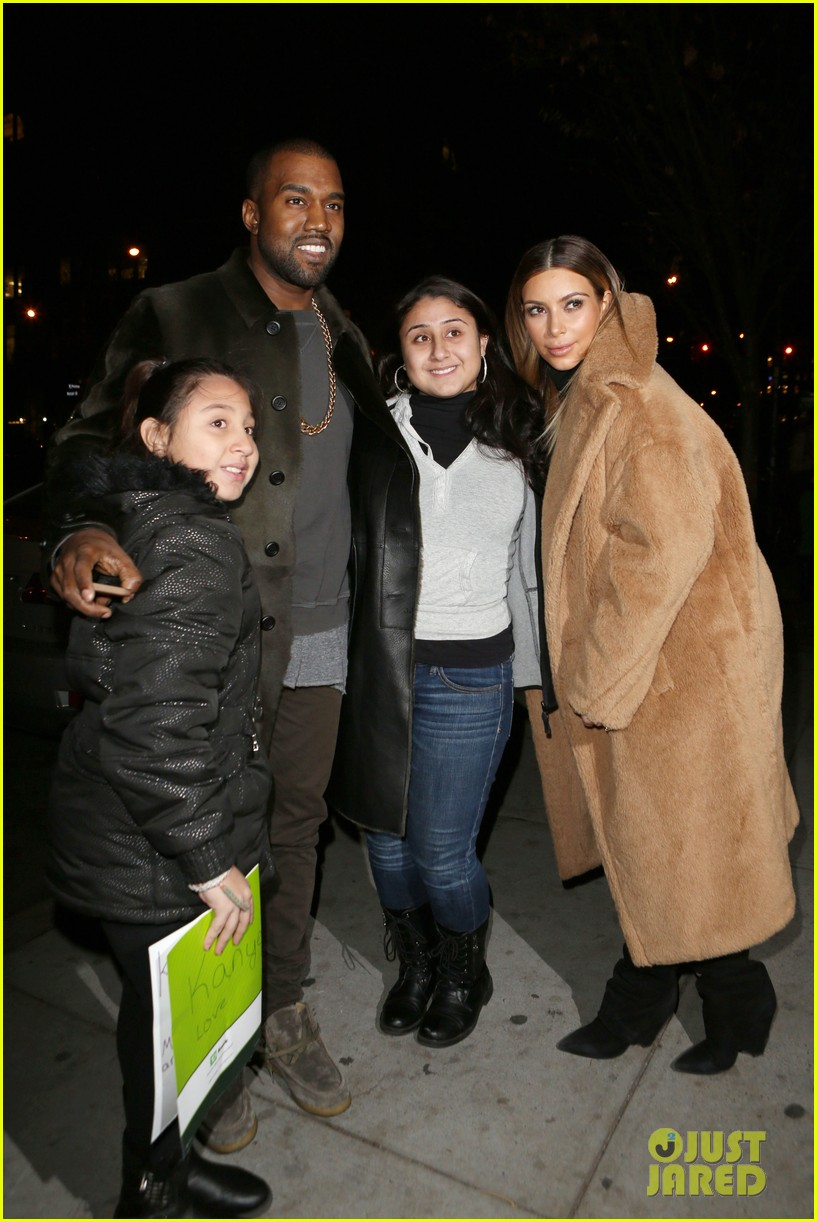 kim kardashian kanye west smile big for lucky fans 04