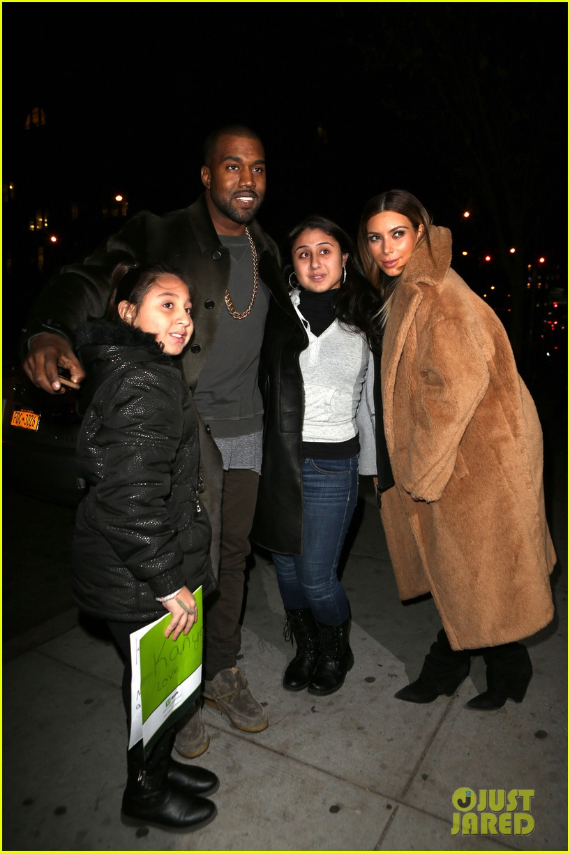 kim kardashian kanye west smile big for lucky fans 15