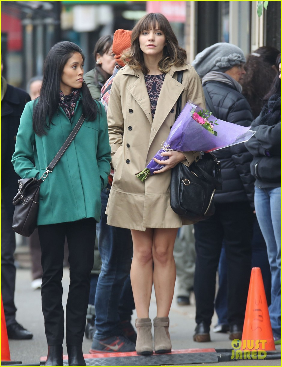 katharine mcphee gets to work on thanksgiving day 08