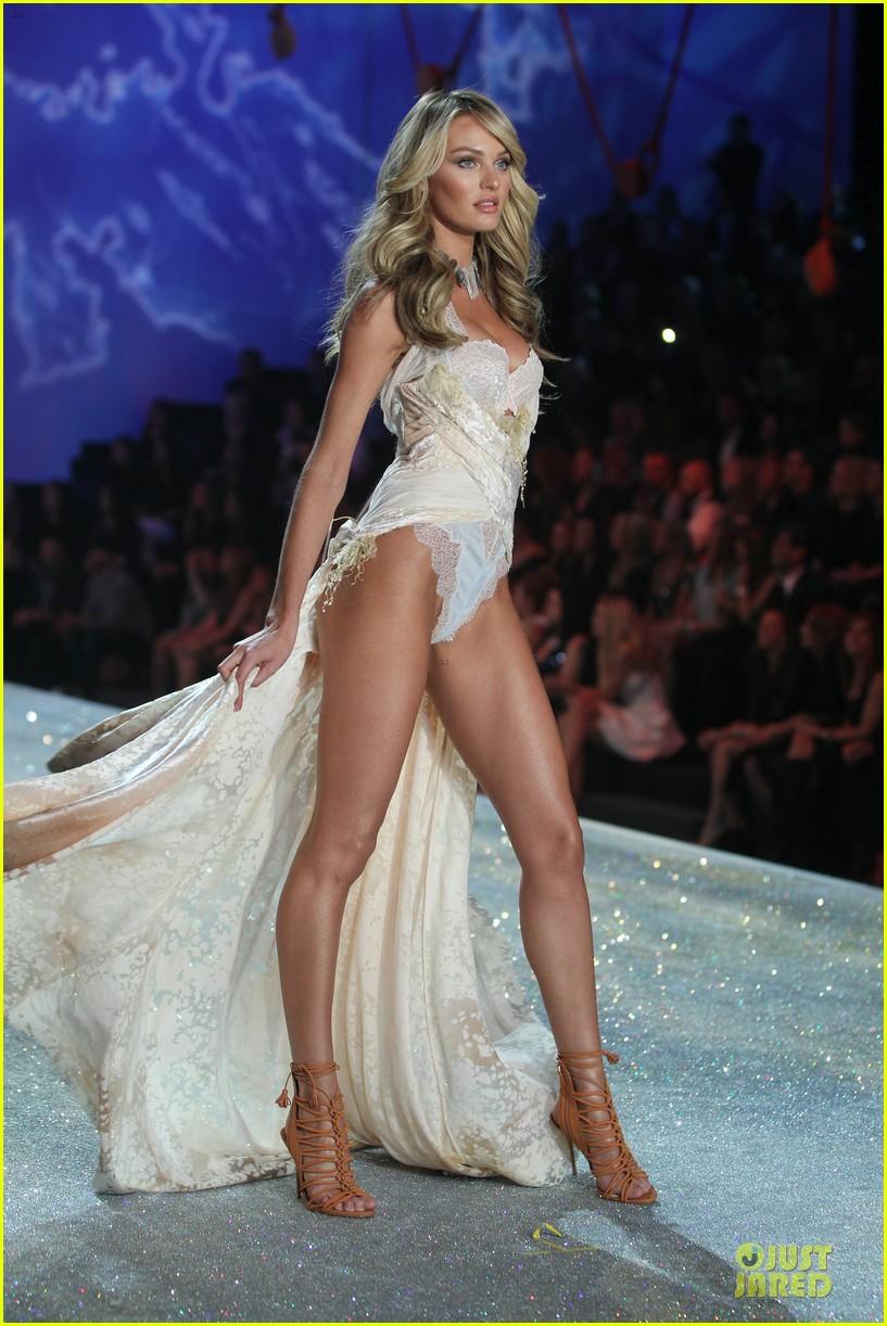 Doutzen Kroes & Candice Swanepoel - Victoria's Secret Fashion Show