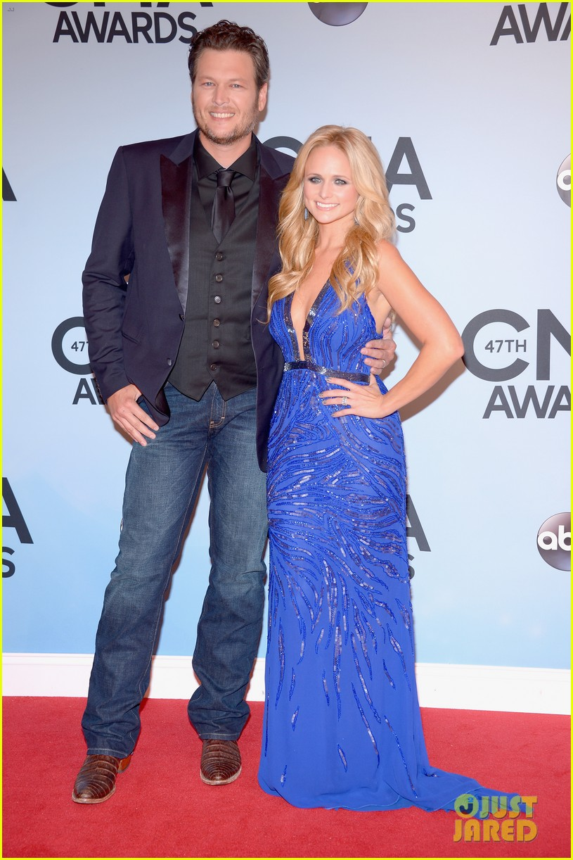 miranda lambert blake shelton cma awards 2013 red carpet 052987450