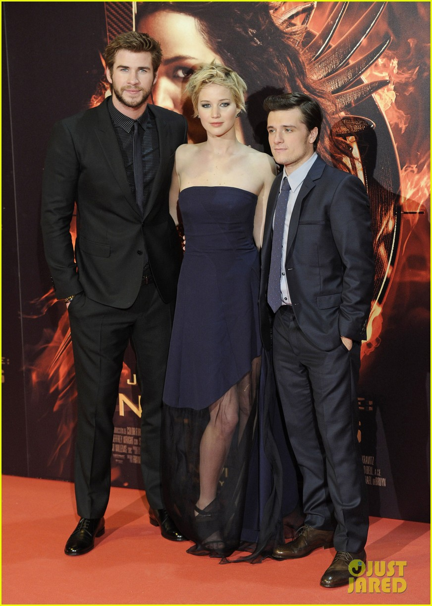 jennifer lawrence josh hutcherson catching fire madrid premiere 052991908