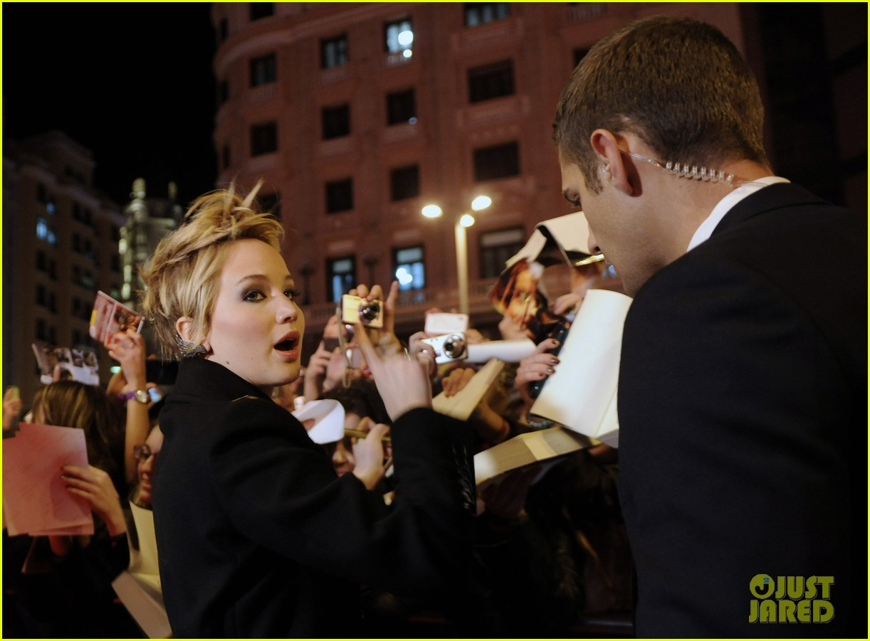 jennifer lawrence josh hutcherson catching fire madrid premiere 092991912