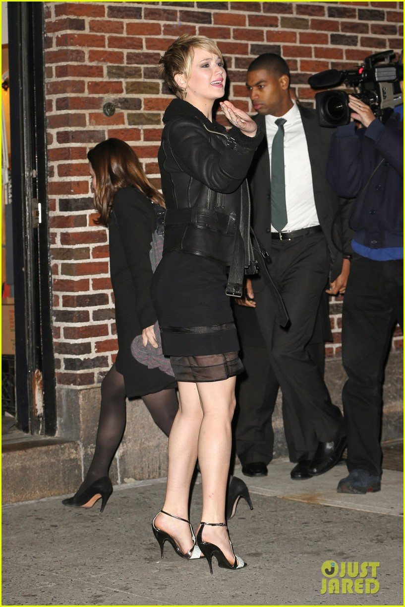 jennifer lawrence visits letterman with older brother ben 12