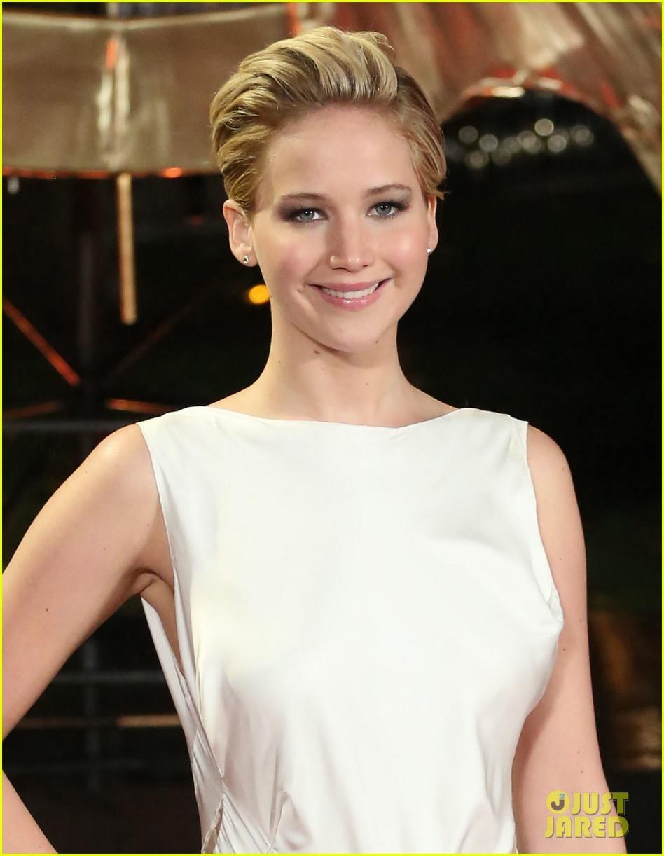 jennifer larence catching fire london premiere red carpet 04