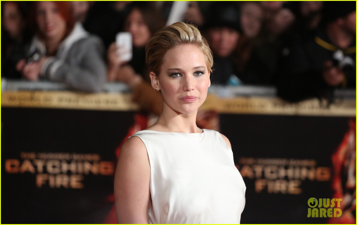 jennifer larence catching fire london premiere red carpet 062990445