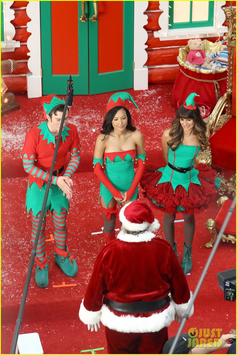 lea michele naya rivera santas sexy little helpers 092987823