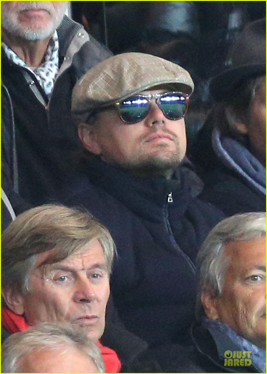leonardo dicaprio paris soccer game with mom irmelin 042986686