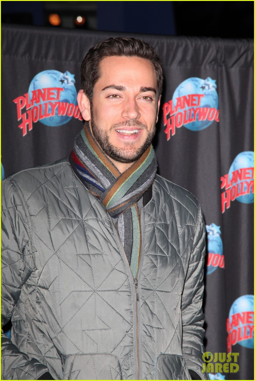 zachary levi planet hollywood handprint ceremony 06