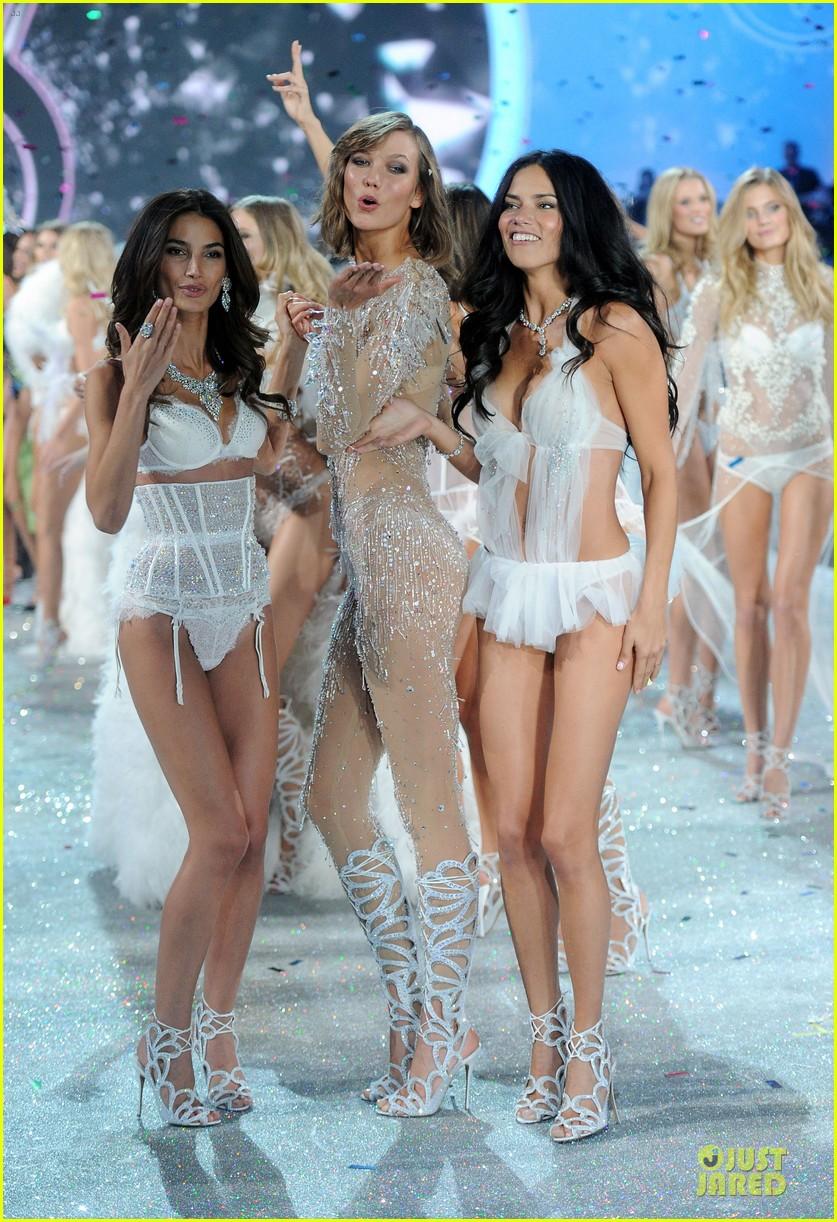 adriana lima lily aldridge victorias secret fashion show 2013 072992211