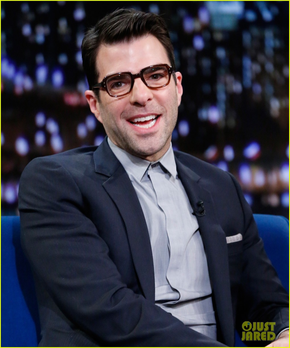 zachary quinto lucy liu play catchphrase on jimmy fallon 132986976