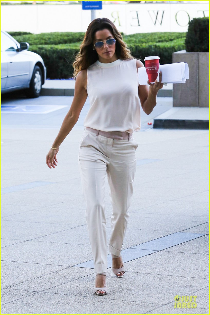 eva longoria classy chic transformation after workout 01