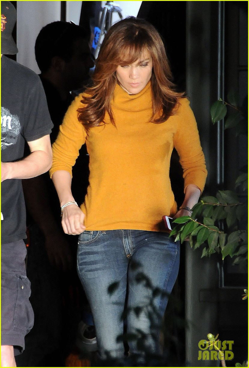 jennifer lopez begins filming boy next door 04