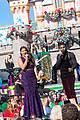 demi lovato jordin sparks disney christmas parade taping 01