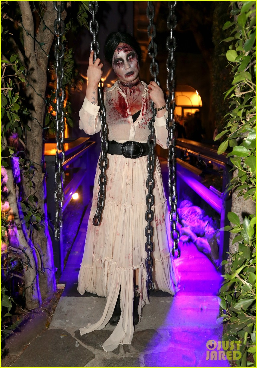 demi lovato dead zombie halloween costume 2013 03
