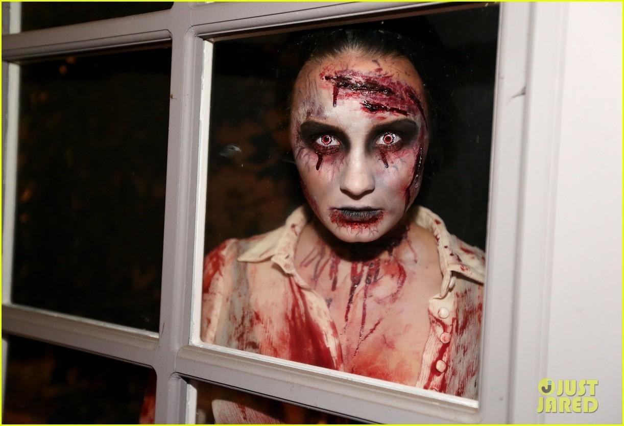 demi lovato dead zombie halloween costume 2013 18