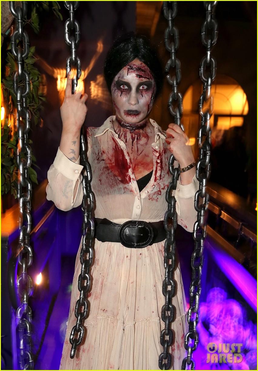 demi lovato dead zombie halloween costume 2013 192984128